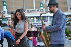 Abraham de Román y Carla Sevilla en Donostia Jazzaldia